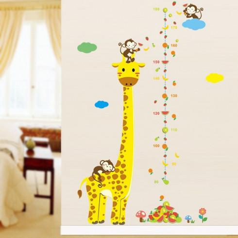 Nálepka na stenu - meter pre deti Žirafa